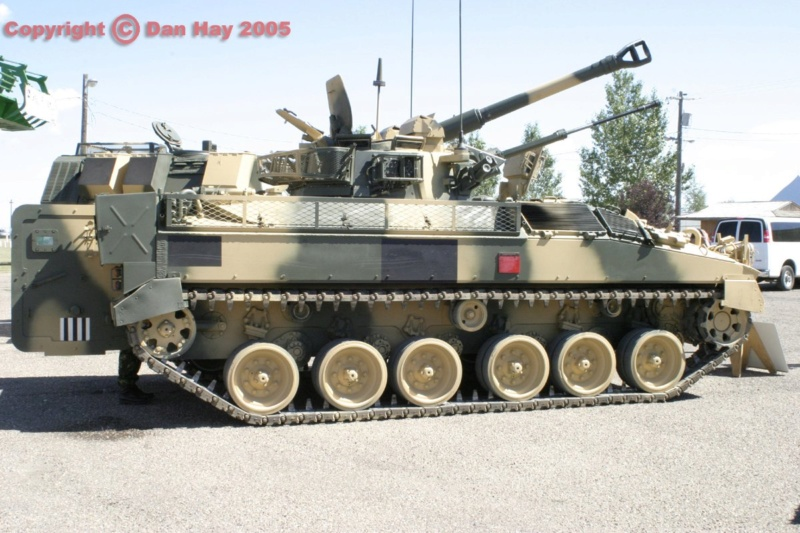 Warrior MCV with add-on armour 1/72 ( Revell 03144 ) *** Terminé en pg 2 Warrio10