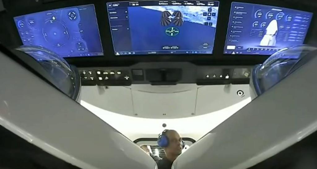 Falcon 9 (Inspiration4) - KSC - 16.9.2021 - Page 25 Captu113