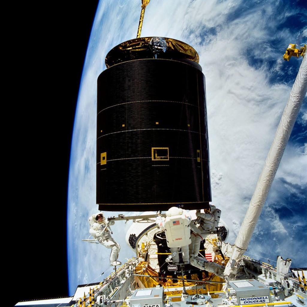 Une fuite d'air dans l'ISS - Page 3 Endeav10