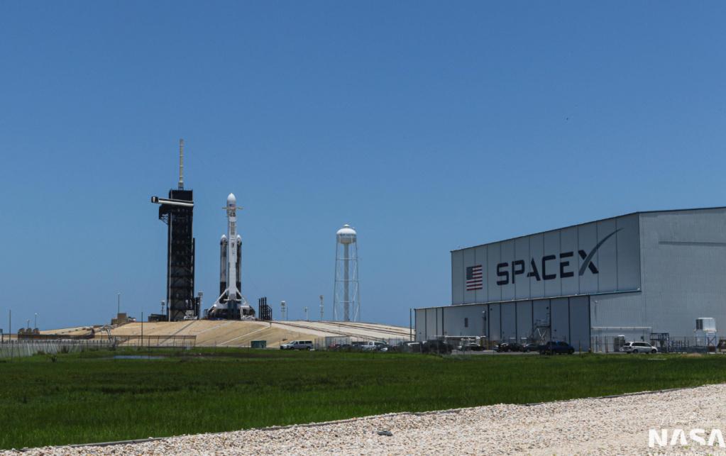 Falcon 9 (Starlink v1.0 L5) - KSC - 18.03.2020 Nsf-2010
