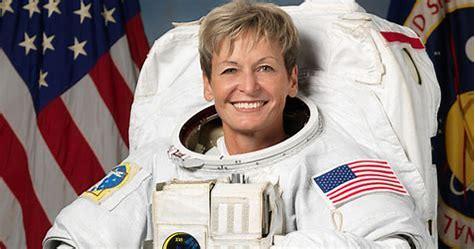 Des Américains sur la Lune en 2024, pour vous c'est : - Page 3 Peggy_11