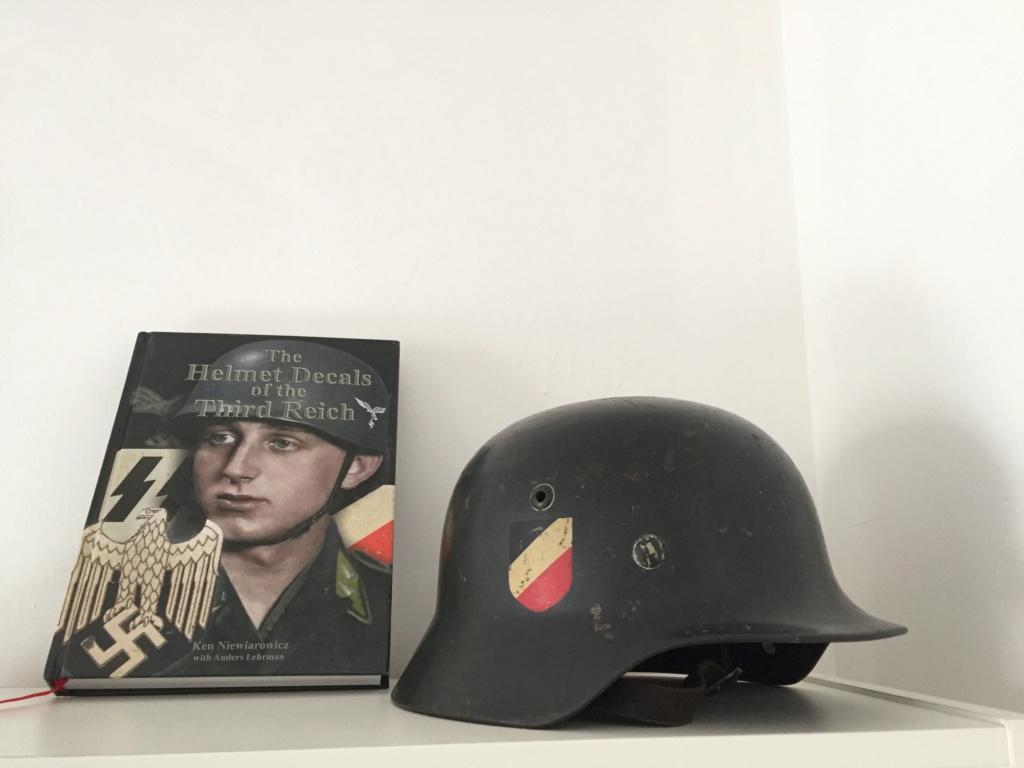 ma collection complète de casques allemands - Page 2 28966c10