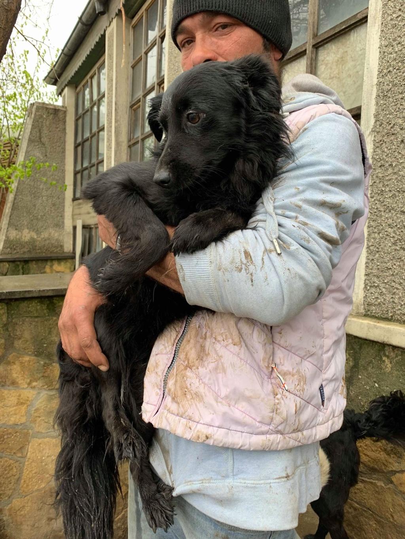 Olga- dans la maison abandonnée à Târgu Frumos 57277710