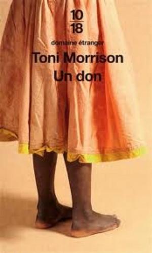 Item éphémère : une couverture avec une robe Un_don10