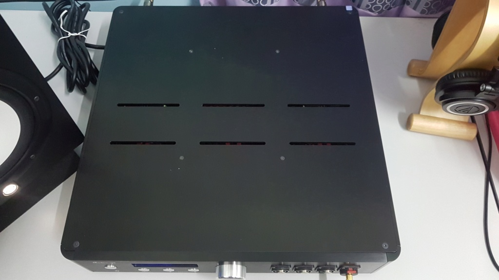 Audio GD - Master 11, Discrete DAC + Headphone amp/ PreAmp (Used) W410
