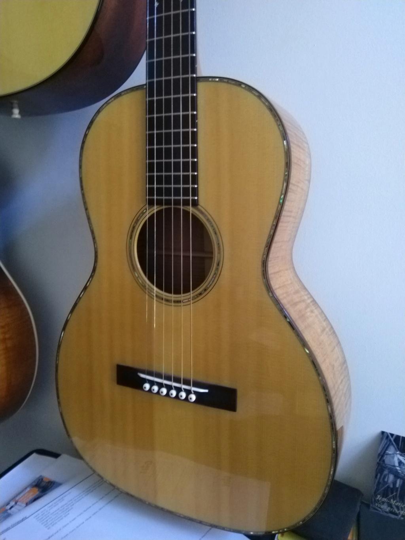 Graziani Guitars - à découvrir ! Img_2024