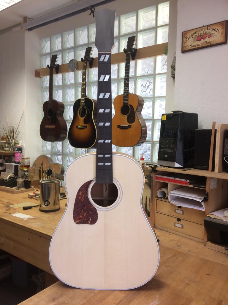 Graziani Guitars - à découvrir ! - Page 2 Lefty-10