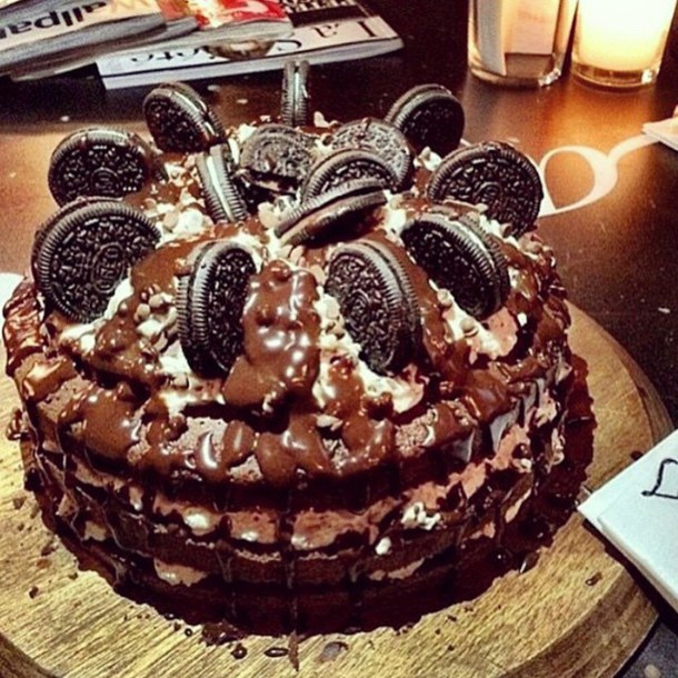 Joyeux Anniversaire Cry Cake-c10