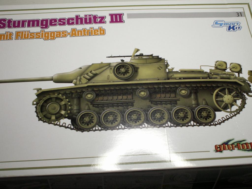 Sturmgeschütz III mit Flüssiggas-Antrieb (Smart Kit) Cyber-Hobby 1:35 Pict0173