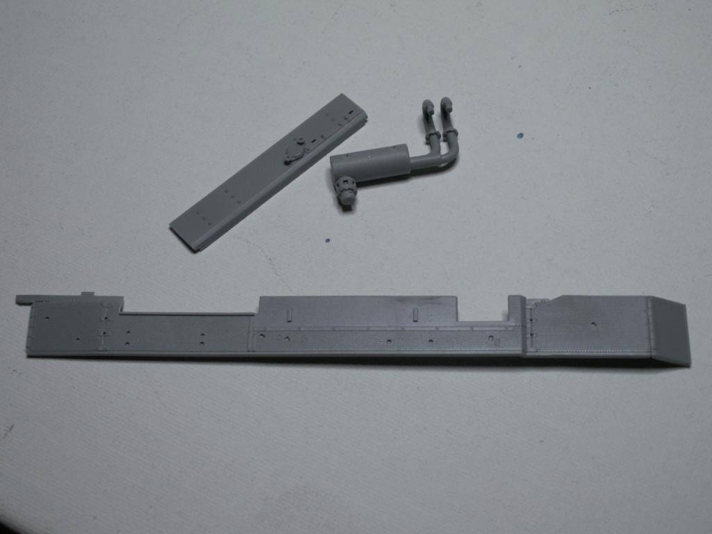 Sturmgeschütz III mit Flüssiggas-Antrieb (Smart Kit) Cyber-Hobby 1:35 Pict0273