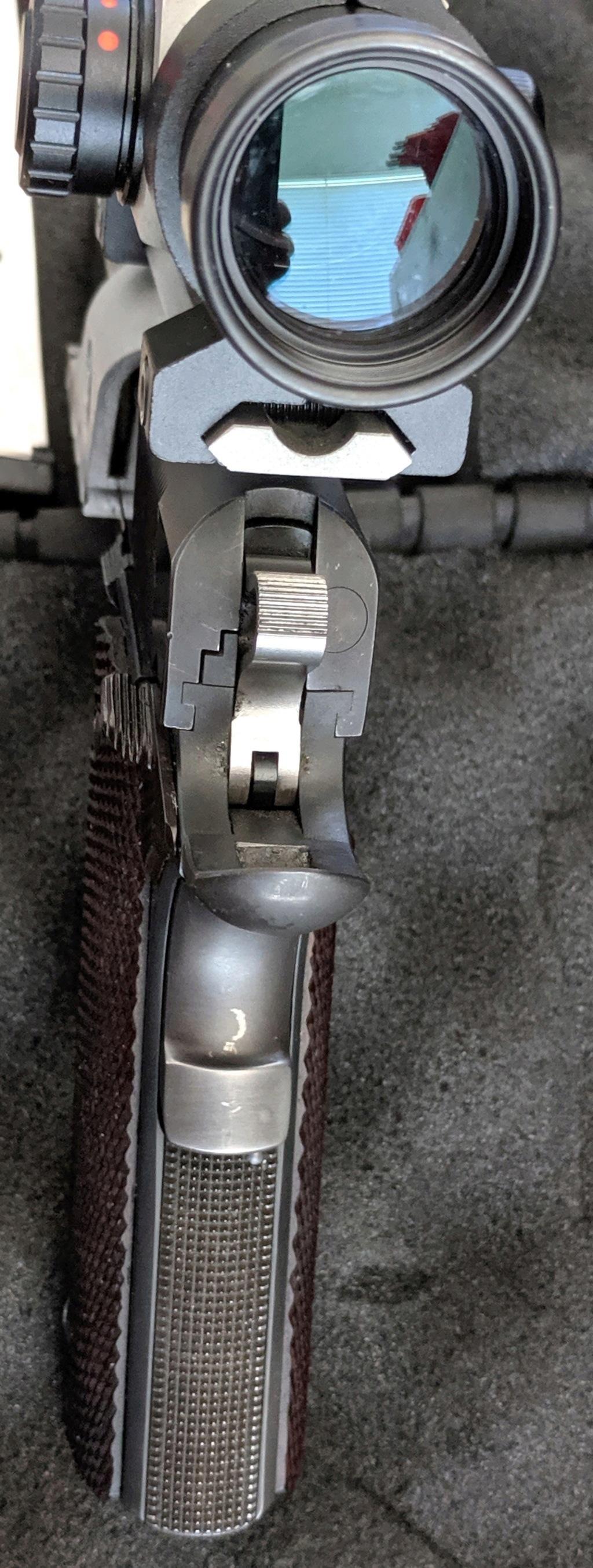 SOLD, pending funds - Les Baer Custom 1911 Bullseye Wadcutter Pistol Img_2119