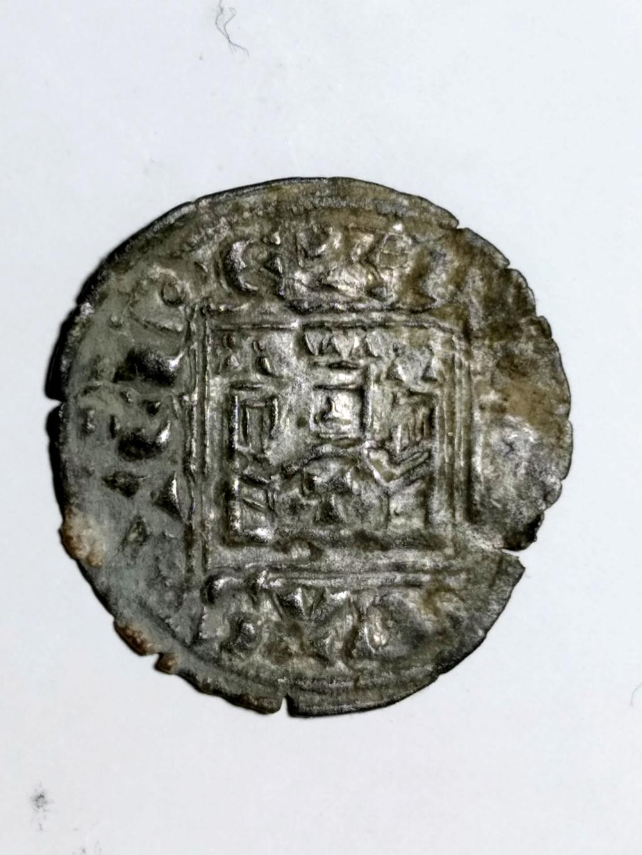 Dinero Noven de Alfonso XI. Toledo. 1330 d C.  01_anv24