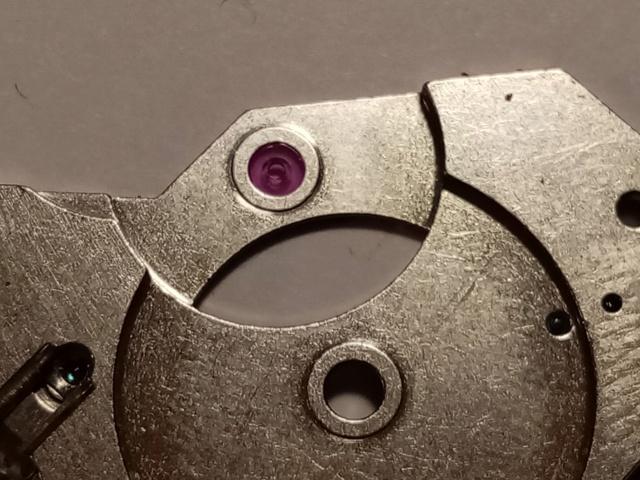 Souder, visser, chasser, goupiller... les assemblages de l'horlogerie à la bijouterie. Img_2048