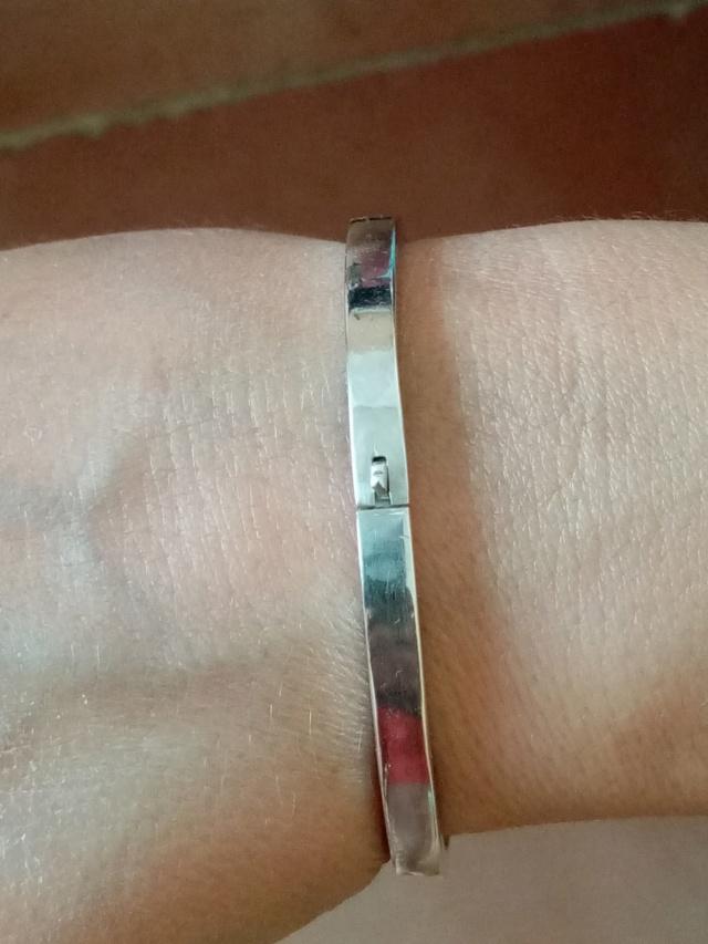 bracelet argent tout simple avec charnière et fermoir Img_2065
