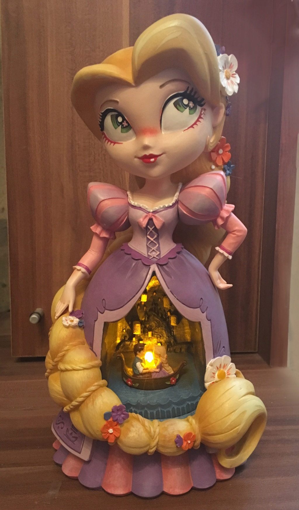 The World of Miss Mindy Presents Disney - Enesco (depuis 2017) - Page 3 F5c1d010