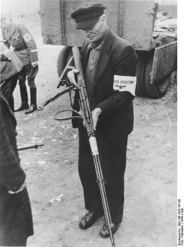 casquette allemande civile croix rouge modèle 1949 Bundes10