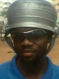 Le nouveau casque de Taz ! Images47