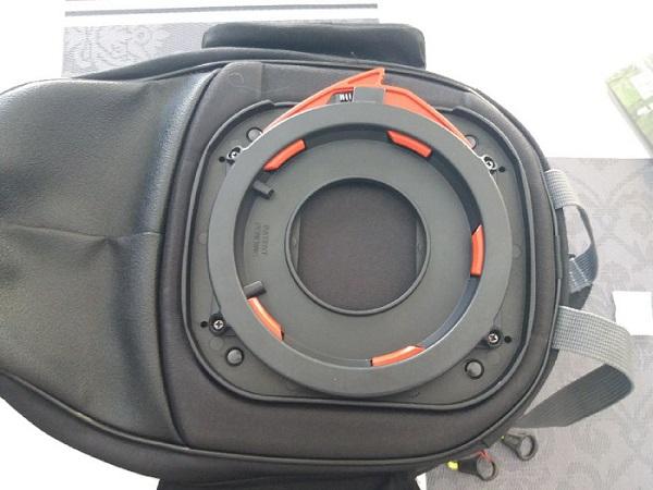 sacoche et tapis reservoir pour Tracer 900 GT Thumbn56