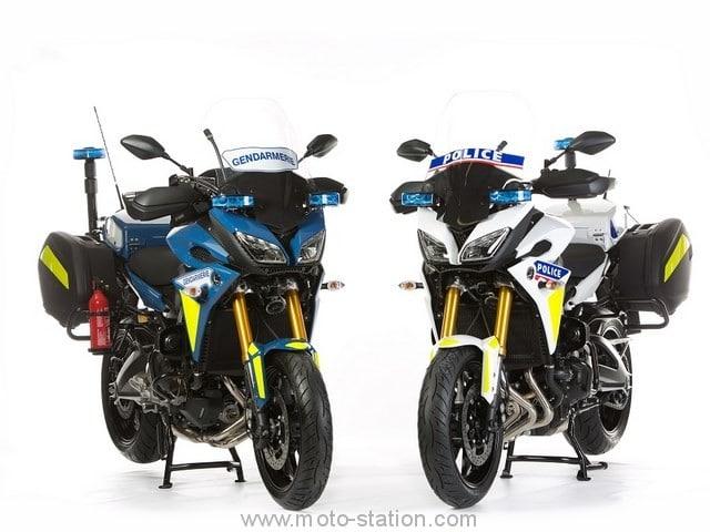 Capot de selle pour MT 09 Tracer Yamaha22
