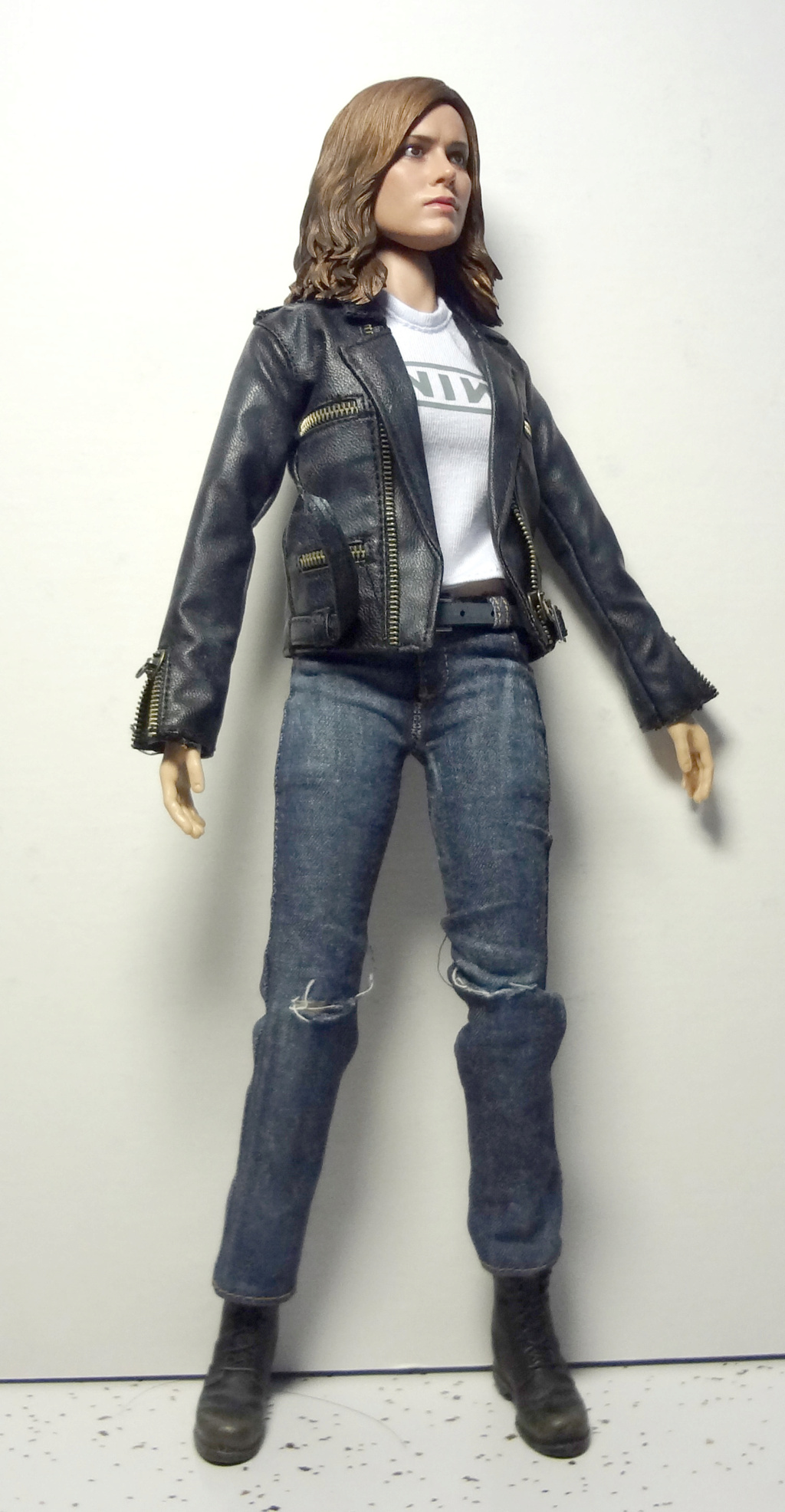 SWToys - NEW PRODUCT: Swtoys FS028 1/6 Scale Danvers figure Dsc00920