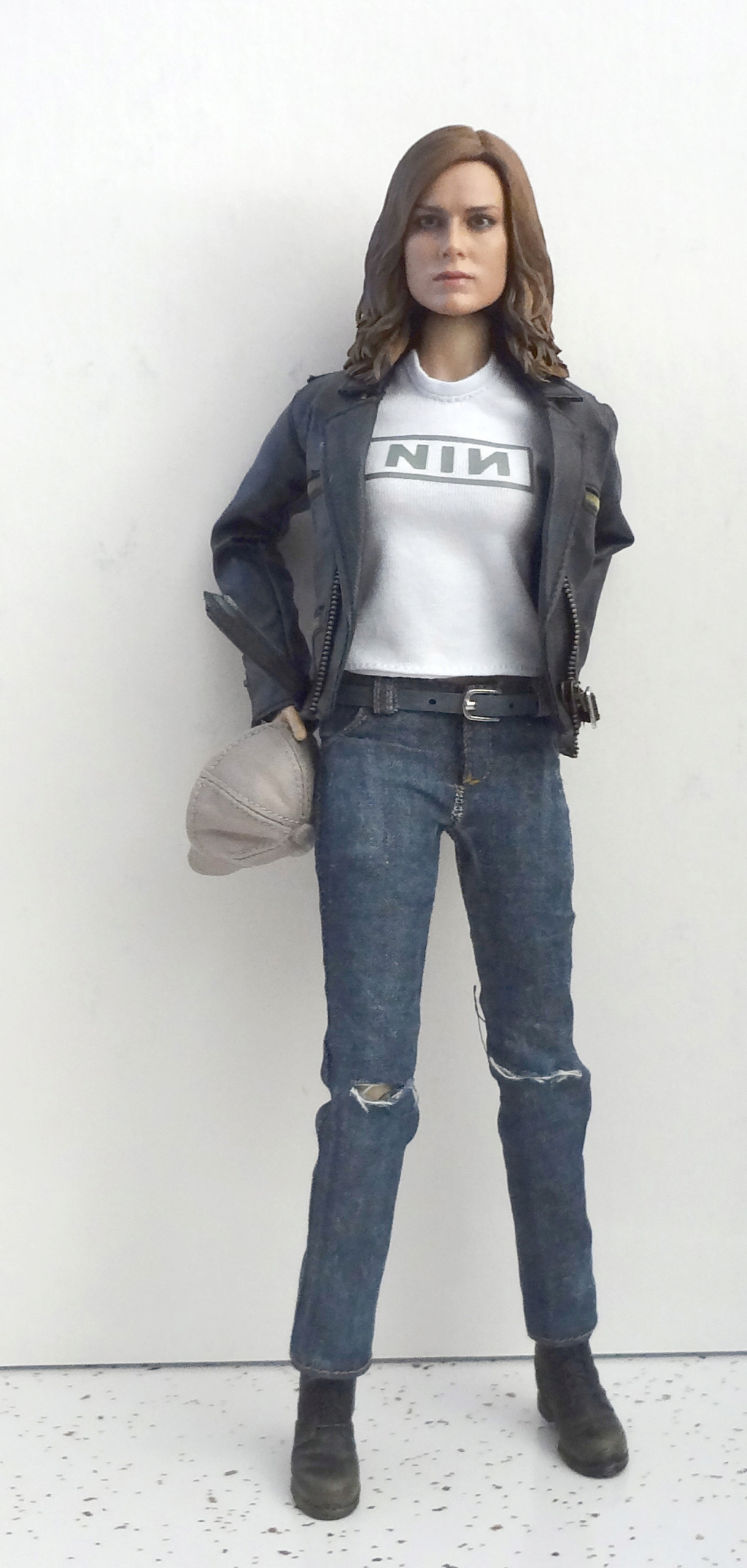 SWToys - NEW PRODUCT: Swtoys FS028 1/6 Scale Danvers figure Dsc00924