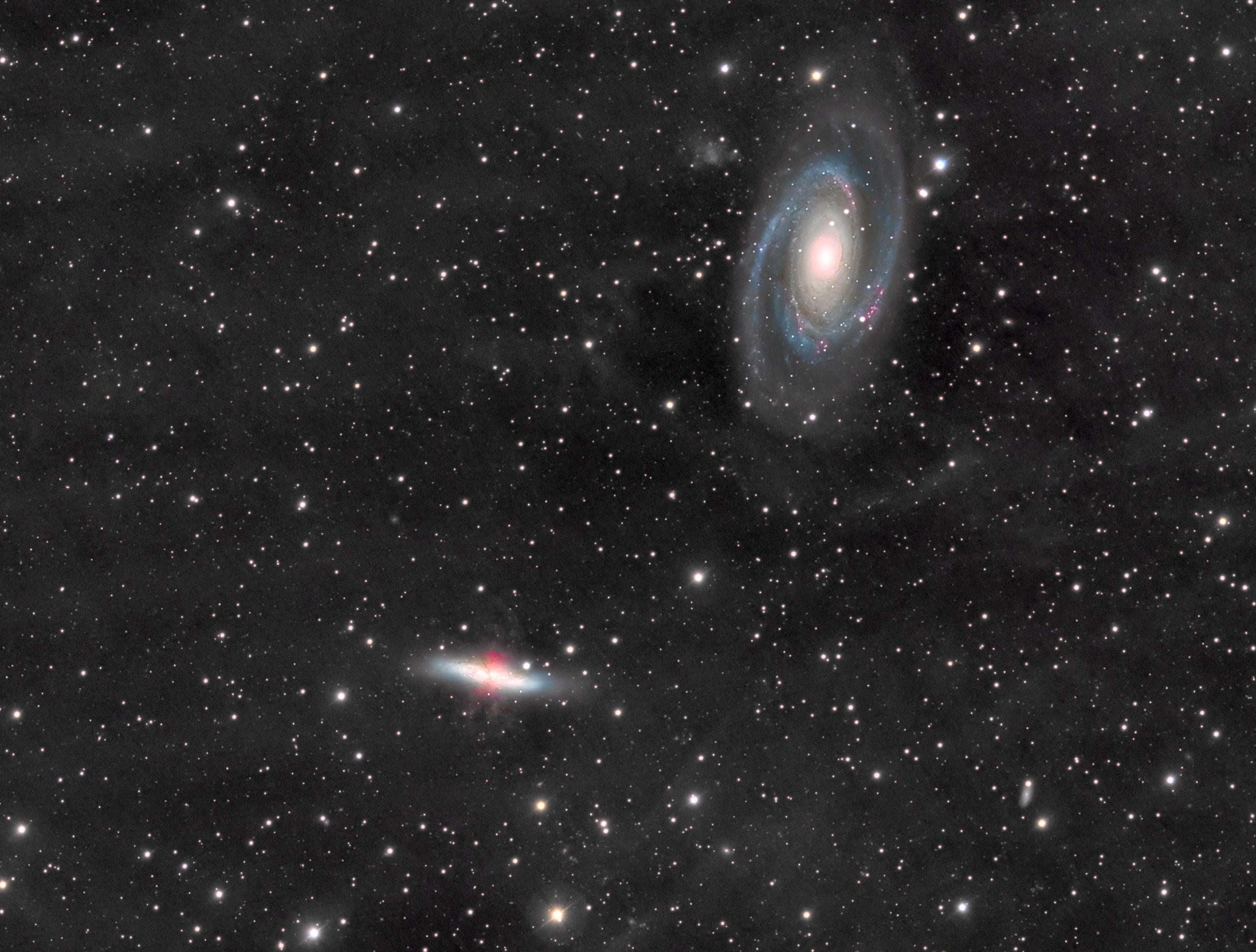 M81 82 et leur IFN à la FLT98FeatherTouch et Atik383L+ en 23h30 de pose. M81_4_10