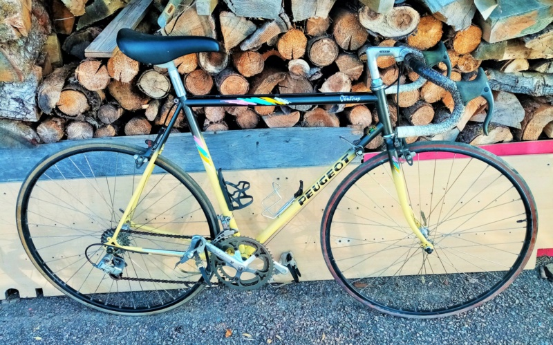 PEUGEOT VENTOUX 1989 12V noir/jaune 00116