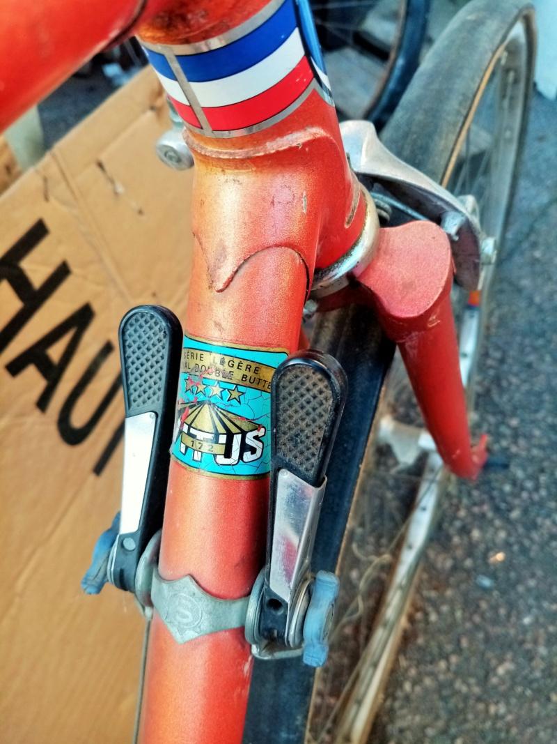 Vélo course de la marque RIVIERA 00334
