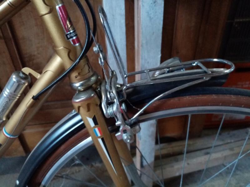 vélo dame PEUGEOT PR 65 LADY  doré de 1978-79 neuf  01321