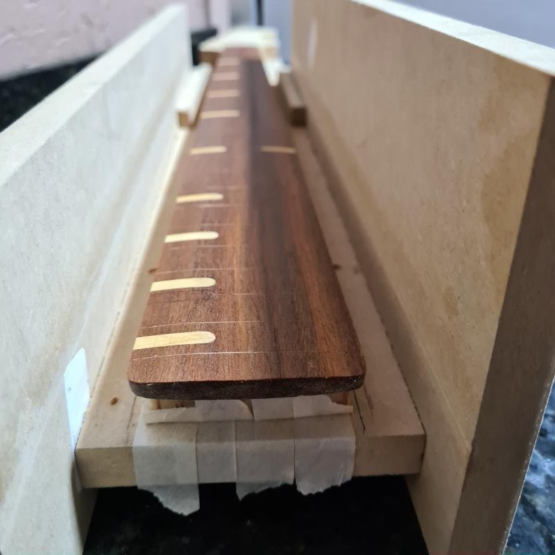 Construindo um Precision Bass - Página 2 Picsar21
