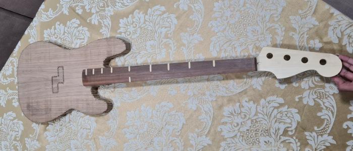 Construindo um Precision Bass - Página 3 Picsar42