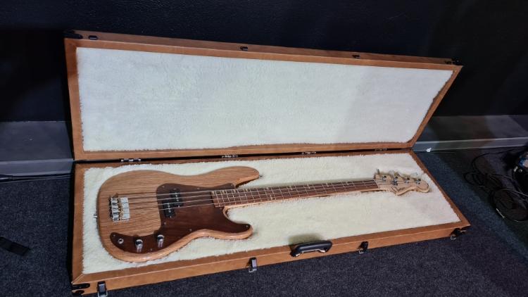 Construindo um Precision Bass - Página 7 Picsar63