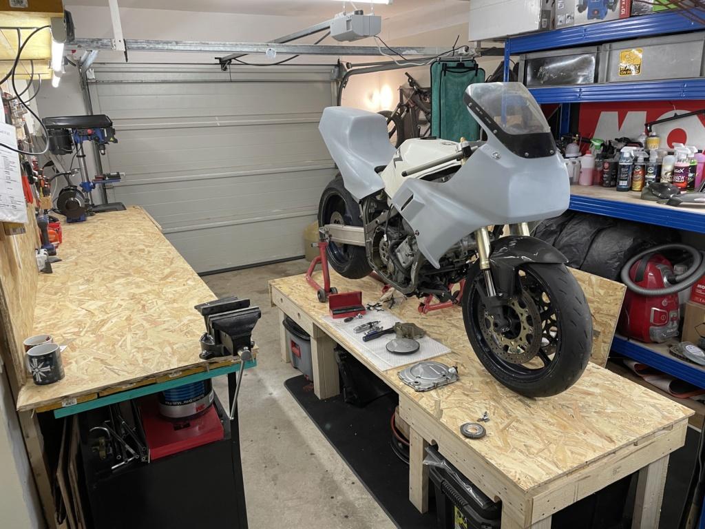 Photos de nos garages/ateliers - Page 27 76c90d10