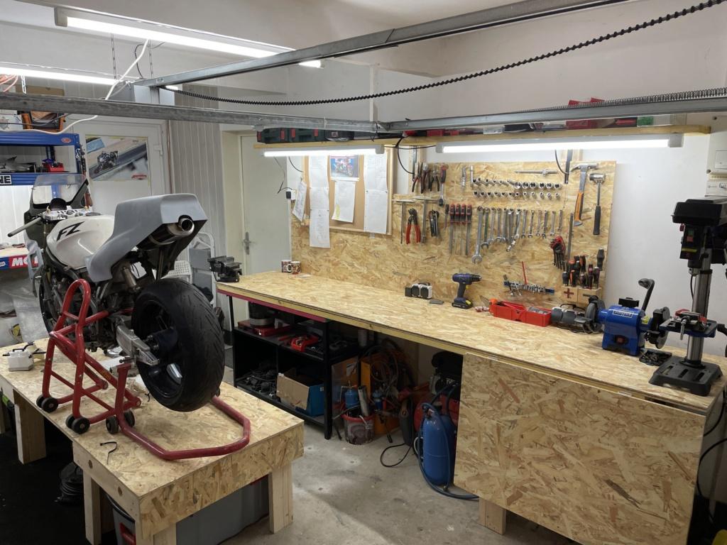 Photos de nos garages/ateliers - Page 27 Afdf0610