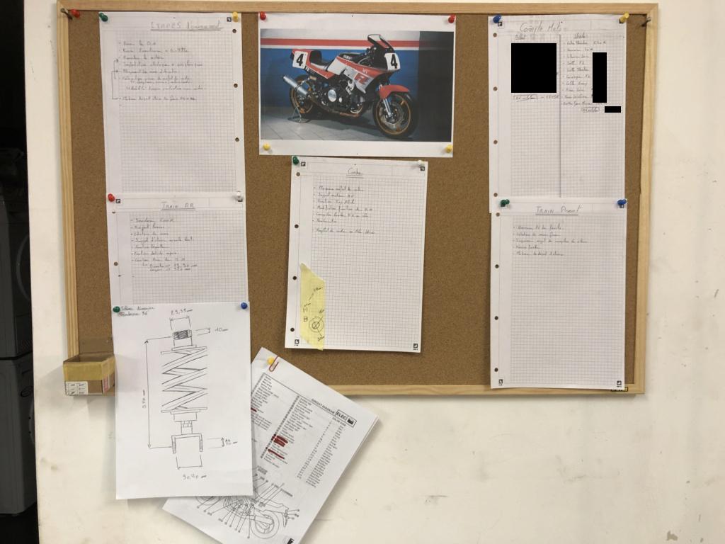 FZ 750 de course ! - Page 3 Img_0610