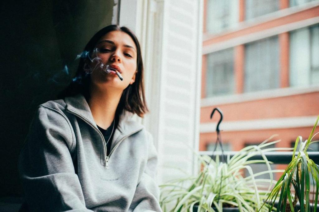 La cigarette dans PBLV - Page 3 Paramo10