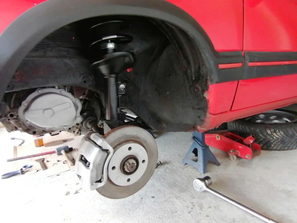 [01]205 GTI 1L9 - 130cv - AM89 - Rouge Vallelunga  Img_2023