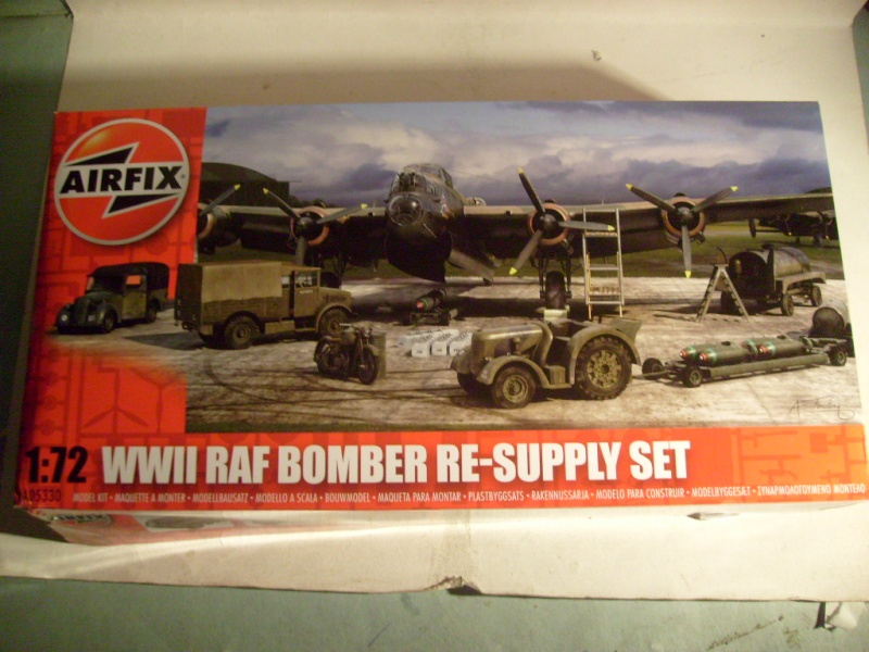 [Airfix] WWII RAF Bomber re-supply set S7301489