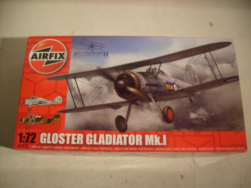 Comparatif GLOSTER GLADIATOR 1/72ème S7302386