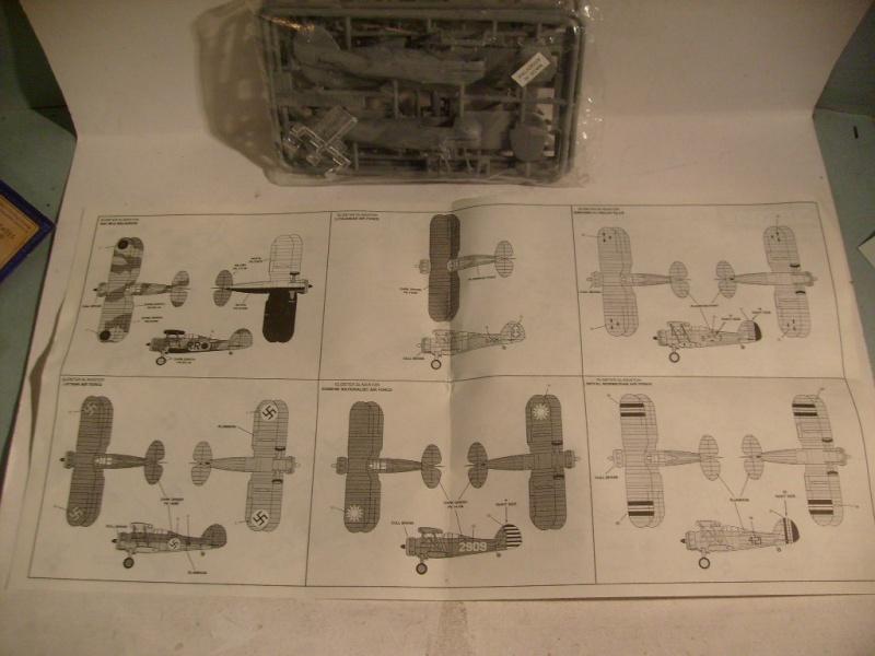 Comparatif GLOSTER GLADIATOR 1/72ème S7302425