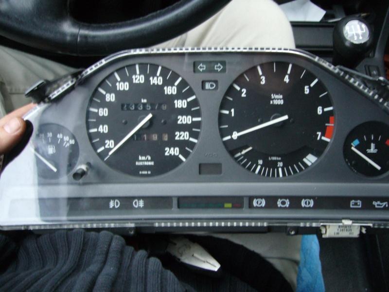 [BMW 320 i E30] Compteur qui ne tourne plus P1020916