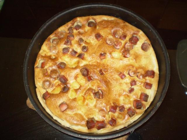 tarte aux pomme de terre et saucisses de strasbourg photo Clafou11