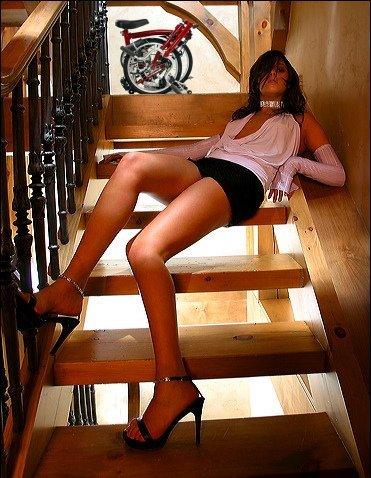 En haut de l'escalier Escali11