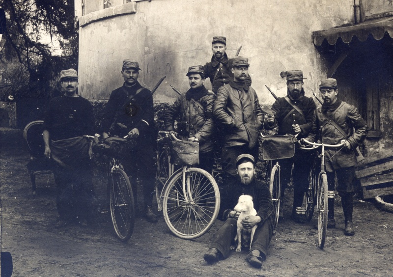 Cyclistes de la 126 em brigade d'infanterie Feb22110