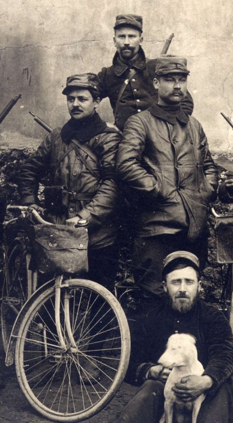 Cyclistes de la 126 em brigade d'infanterie Feb22112