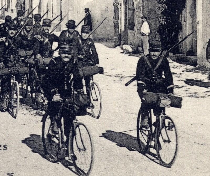 Peloton cycliste  123 RI Feb22119