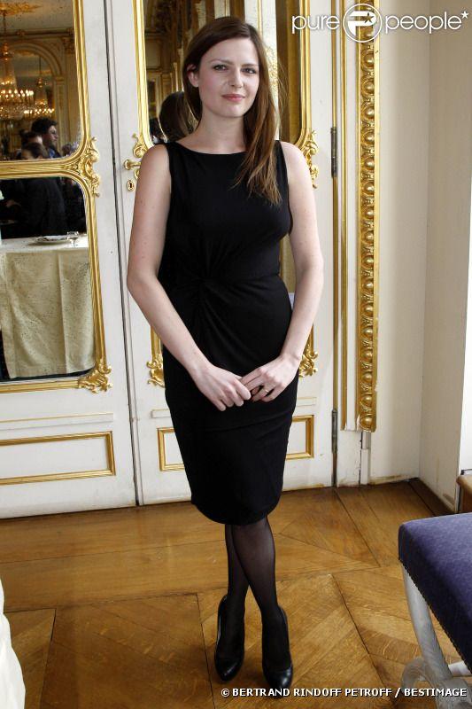 Elodie Frégé pour Purepeople (20 avril 2012) 83609010