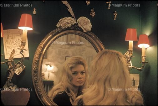 BB in the mirror...  40077510