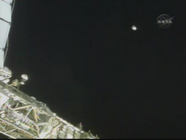 [STS-126] Endeavour : La mission - Page 5 Vlcsna11