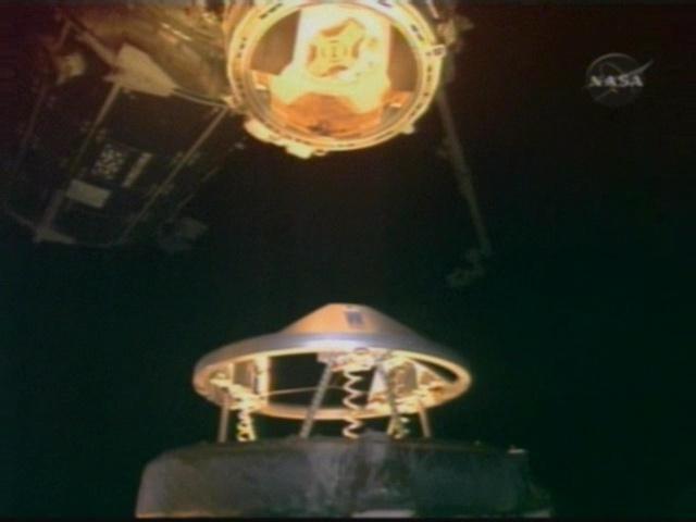 [STS-126] Endeavour : La mission - Page 3 Vlcsna17